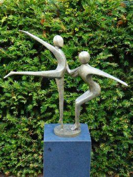 Bronzefigur nr 4.  Tanzpaar