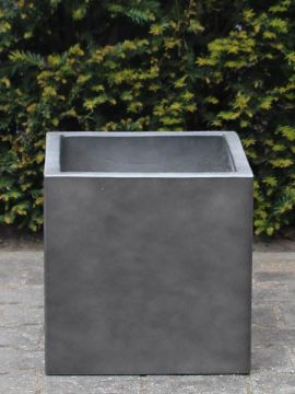 Leichtbeton Pflanzgefäß 20*20 cm. anthrazitfarbe