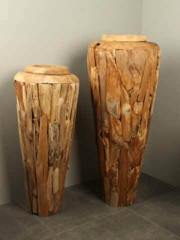 Vasen aus Teakholz