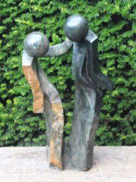 Gartenstatue Friendship Fruitstone